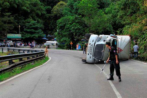 Tin tức tai nạn giao thông mới nhất ngày 12/3/2018 - Ảnh 2