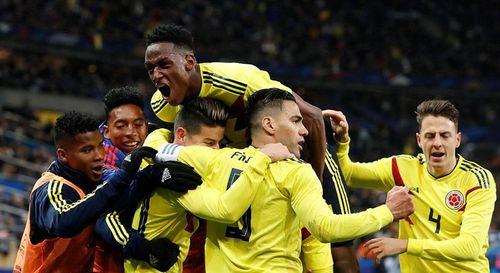 """Video Pháp 2-3 Colombia: """"Chết"""" vì chủ quan - Ảnh 1"""