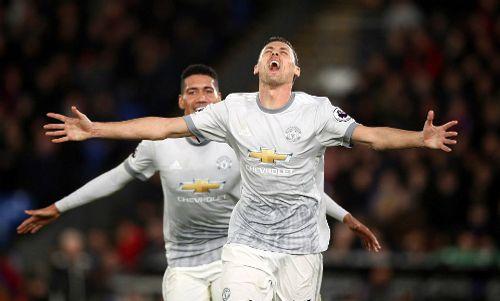 Ngược dòng hoàn hảo, Man Utd giành lại ngôi nhì - Ảnh 2