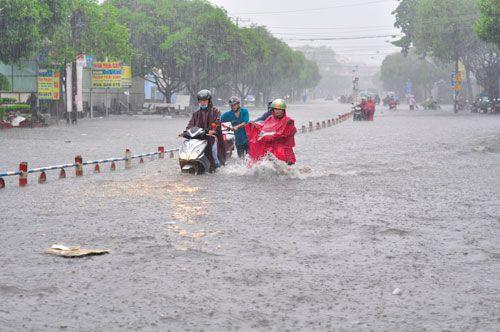 Dự báo thời tiết ngày mai 3/10: Nam Bộ mưa dông - Ảnh 1