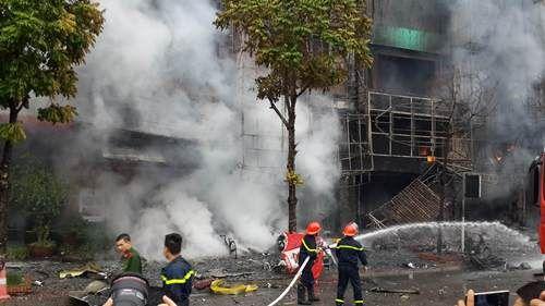 Cháy lớn tại quán karaoke 68 Trần Thái Tông: Nghi có người mắc kẹt - Ảnh 14