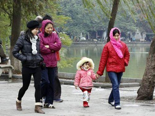 Dự báo thời tiết ngày mai 26/11: Nhiệt độ miền Bắc có nơi xuống đến 8 độ C - Ảnh 1