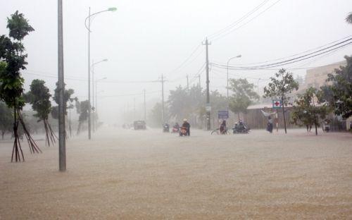 Dự báo thời tiết ngày mai 4/11: Trung Bộ mưa, cảnh báo lũ - Ảnh 1