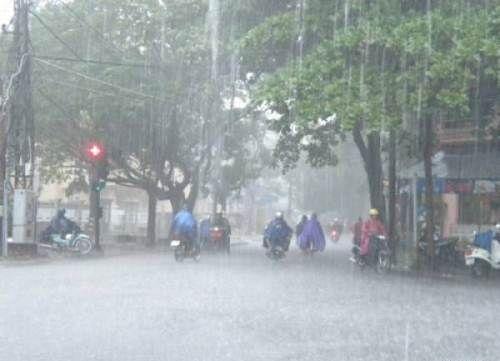 Dự báo thời tiết ngày mai 2/12: Trung Bộ mưa diện rộng - Ảnh 1