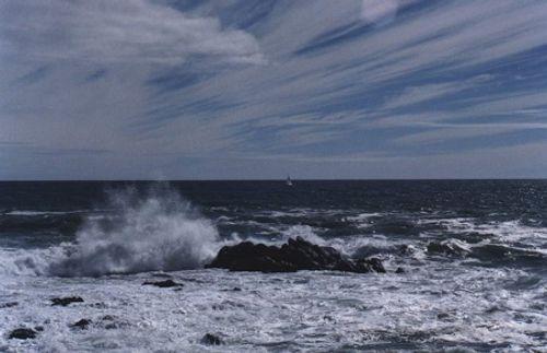 Dự báo thời tiết ngày mai 3/12: Cảnh báo mưa dông, gió mạnh trên biển - Ảnh 1