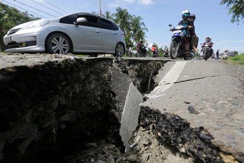 Động đất Indonesia: Hơn 50 người thiệt mạng, hàng chục người mất tích - Ảnh 2