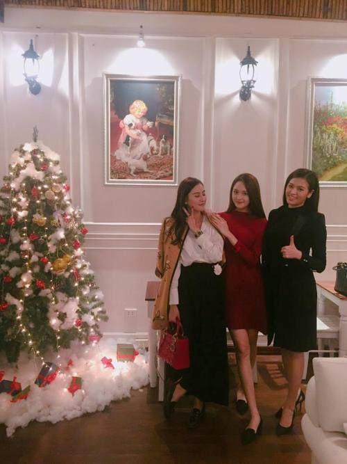 Quán Trà Anh siêu xinh hút loạt hoa hậu, hot girl và người nổi tiếng ở Hà Thành  - Ảnh 8