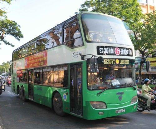 Xe buýt 2 tầng ở Hà Nội tiềm ẩn nhiều nguy cơ - Ảnh 2
