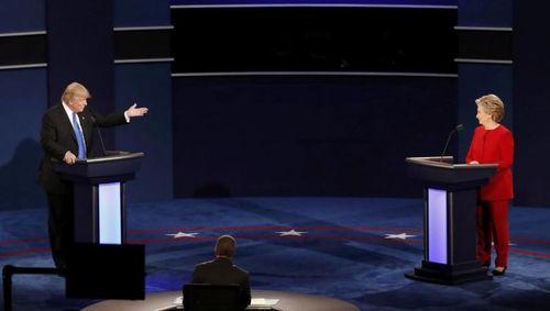 Hillary Clinton và Donald Trump bắt đầu tranh luận trực tiếp - Ảnh 5
