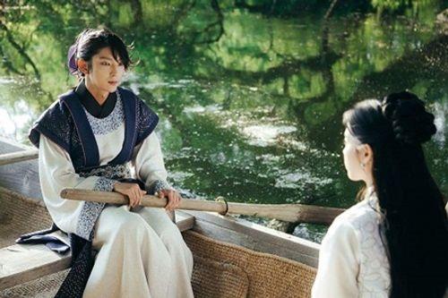Người tình ánh trăng tập 14: Không phải IU, đây mới là người làm vợ Lee Jun Ki - Ảnh 5