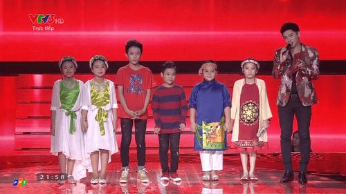 Giọng hát Việt nhí 2016 liveshow 5: Gia Quý, Thảo Nguyên, Khánh Ngọc dừng bước - Ảnh 15