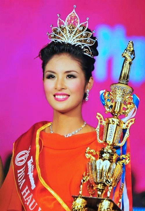 """Hành trình """"vượt xấu"""" đầy cô độc ít biết của một Hoa hậu Việt Nam - Ảnh 1"""