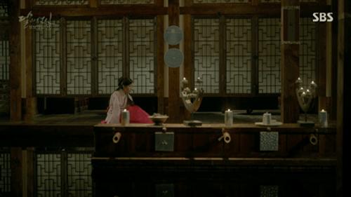 Người tình ánh trăng tập 19: IU kết hôn với em trai Lee Jun Ki, Seohyun tự vẫn - Ảnh 6