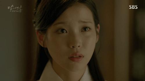 Người tình ánh trăng tập 19: IU kết hôn với em trai Lee Jun Ki, Seohyun tự vẫn - Ảnh 1