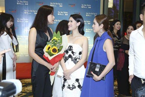"""Hồng Ánh: Cảnh nóng trong phim """"Đảo của dân ngụ cư"""" khiến tôi lo lắng nhất - Ảnh 2"""