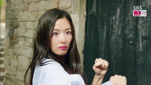 Huyền thoại biển xanh tập 2: Jun Ji Hyun lần đầu cất tiếng nói - Ảnh 3