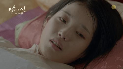 Người tình ánh trăng tập cuối: IU sinh con cho Lee Jun Ki, trở lại thời hiện đại - Ảnh 6
