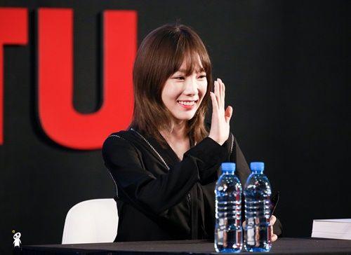 """Một nữ idol khiến fan ngỡ ngàng vì...""""không hề già đi"""" - Ảnh 4"""