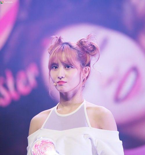 """Nữ idol xứ Hàn """"phát cuồng"""" với búi tóc """"Na Tra"""" - Ảnh 4"""