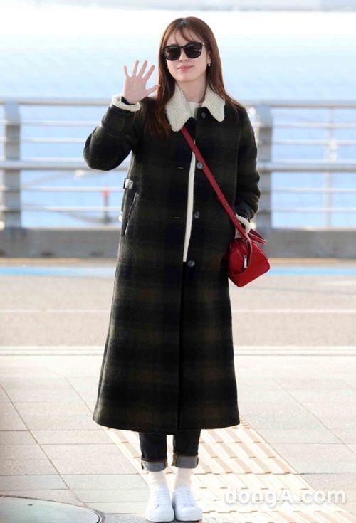 Taeyeon, Kim Yoo Jung đẹp tựa thiên thần tại sân bay đi dự MAMA 2016 - Ảnh 9