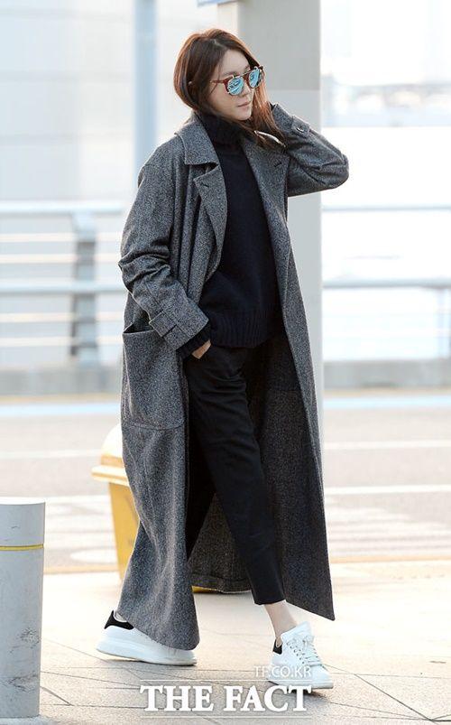 Taeyeon, Kim Yoo Jung đẹp tựa thiên thần tại sân bay đi dự MAMA 2016 - Ảnh 6