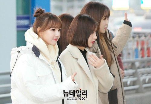 Taeyeon, Kim Yoo Jung đẹp tựa thiên thần tại sân bay đi dự MAMA 2016 - Ảnh 19
