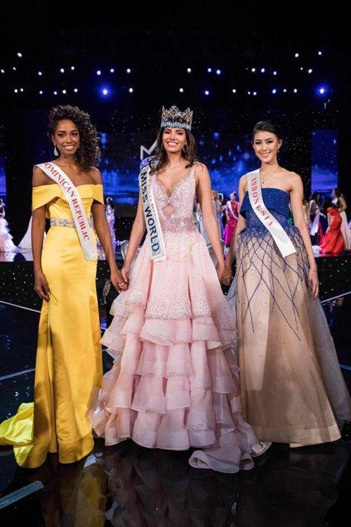 Nhan sắc rạng rỡ của người đẹp 19 tuổi đăng quang Hoa hậu Thế giới 2016 - Ảnh 2