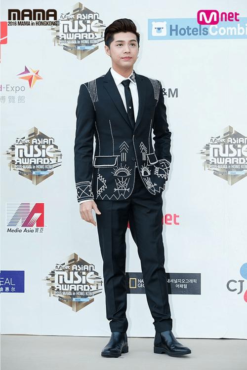Dàn mỹ nam mỹ nữ xứ Hàn tỏa sáng trên thảm đỏ MAMA 2016 - Ảnh 10