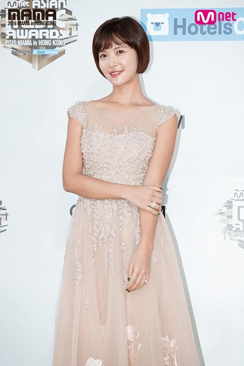 Dàn mỹ nam mỹ nữ xứ Hàn tỏa sáng trên thảm đỏ MAMA 2016 - Ảnh 6