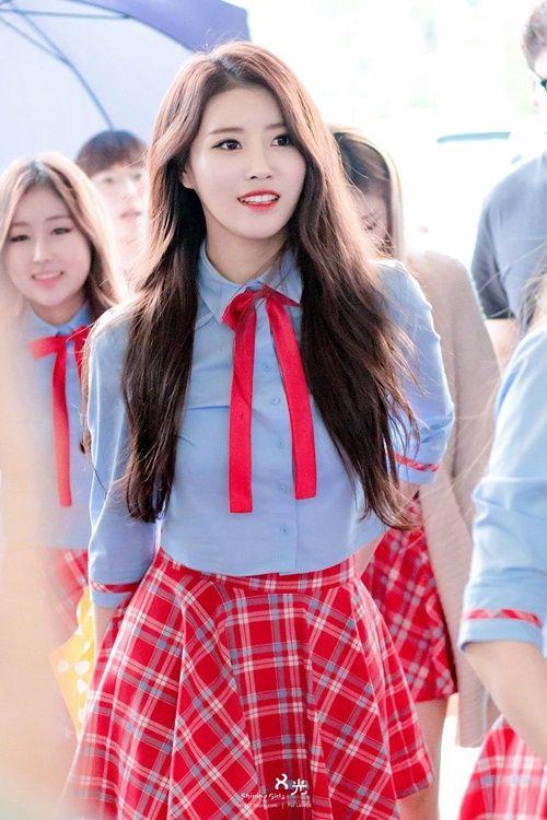 """Idol Kpop đang """"mê mệt"""" với xu hướng thời trang cực dễ thương này - Ảnh 6"""