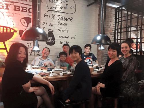 Sự thân thiết kỳ lạ giữa MC Thảo Vân và tình mới của Công Lý - Ảnh 1