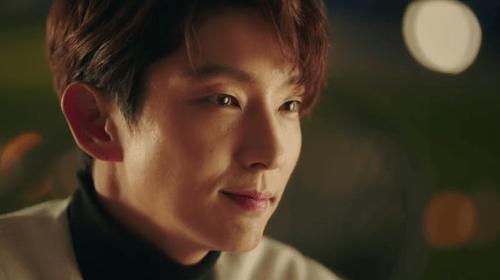 """Phim """"7 nụ hôn đầu"""" tập 2: Lee Jun Ki chinh phục nữ chính - Ảnh 11"""