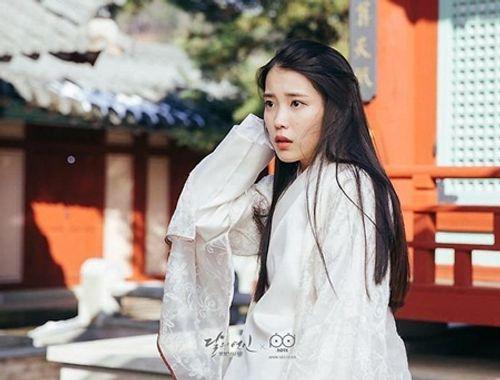 """Tại sao """"Moon Lovers"""" bị khán giả xứ Hàn """"ghẻ lạnh""""? - Ảnh 1"""