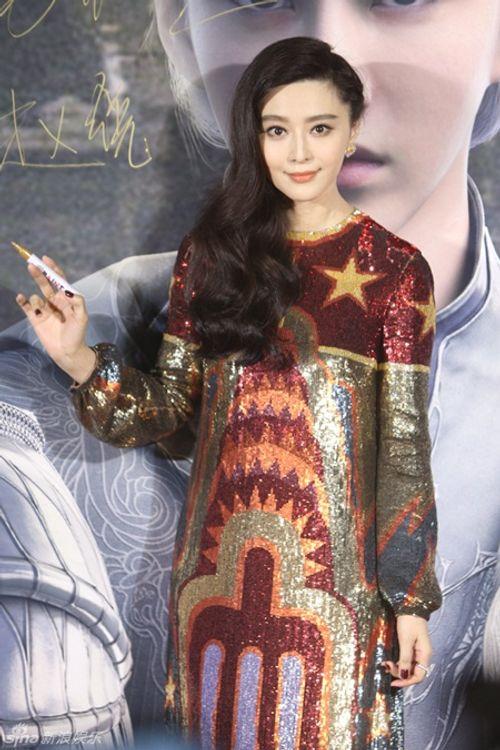 """Dương Mịch, Phạm Băng Băng đọ sắc trong họp báo """"Tước Tích"""" - Ảnh 2"""
