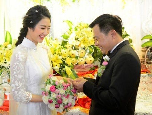 Showbiz Việt và những câu chuyện ồn ào đầu năm 2017 - Ảnh 7