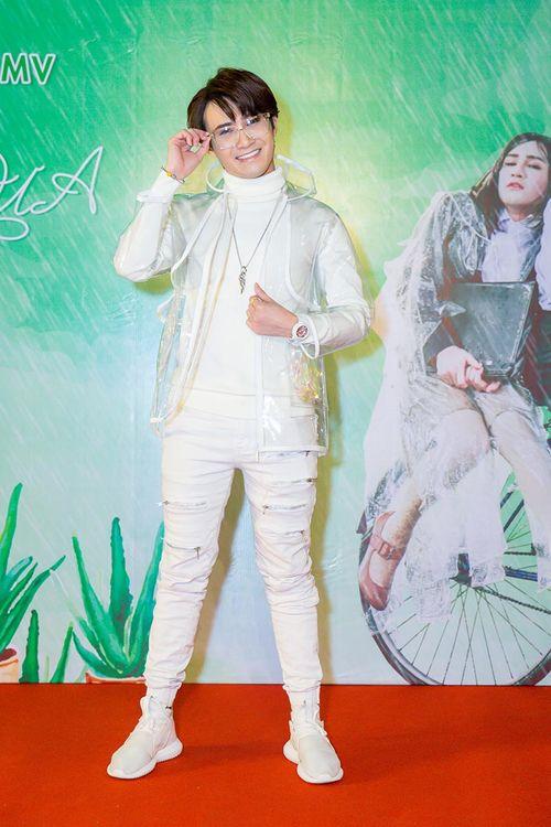 """Parody """"Em gái mưa"""" của Huỳnh Lập thu hút hơn 1 triệu lượt xem, vào top trending YouTube sau 12 giờ - Ảnh 4"""