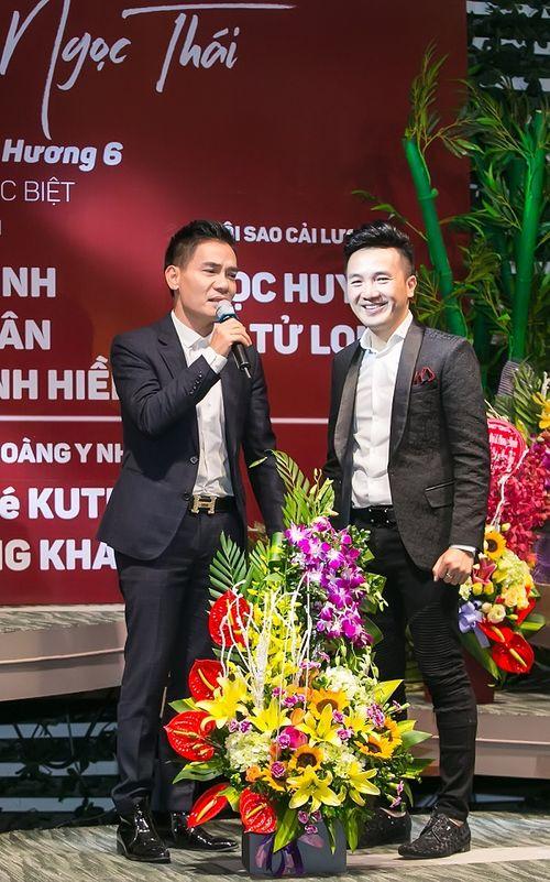 """Dương Ngọc Thái tri ân khán giả thủ đô khi tổ chức liveshow """"Một thoáng quê hương 6"""" - Ảnh 4"""