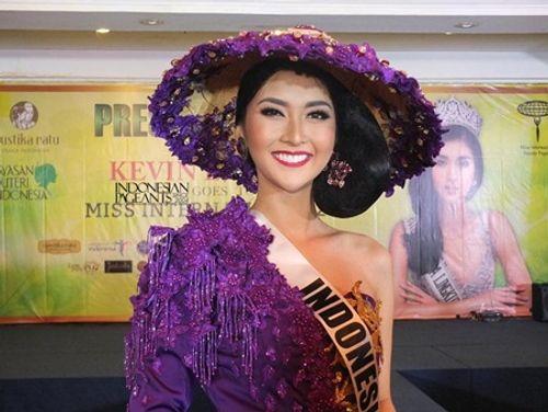 Nhan sắc đời thường xinh đẹp khó rời mắt của tân Hoa hậu Quốc tế - Ảnh 6