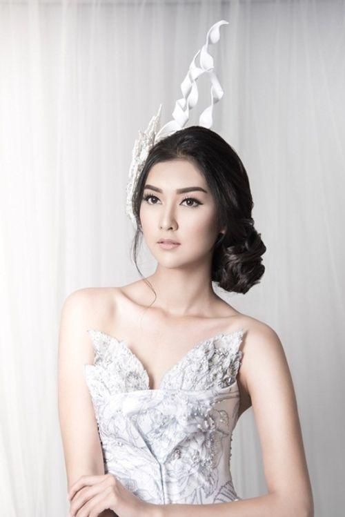 Nhan sắc đời thường xinh đẹp khó rời mắt của tân Hoa hậu Quốc tế - Ảnh 10