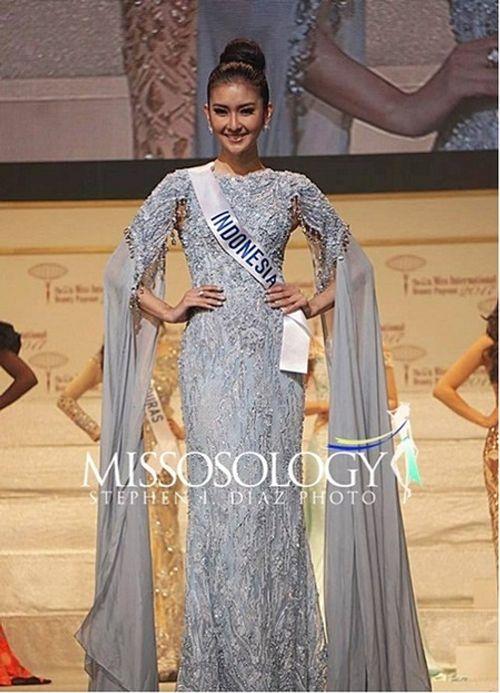Nhan sắc đời thường xinh đẹp khó rời mắt của tân Hoa hậu Quốc tế - Ảnh 2