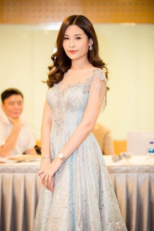 """Phản ứng của Hoa hậu Đại dương khi bị Nguyễn Thị Thành gọi là """"con nít"""" - Ảnh 1"""