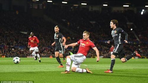 Champions League: Xác định 16 đội vào vòng knock-out - Ảnh 1