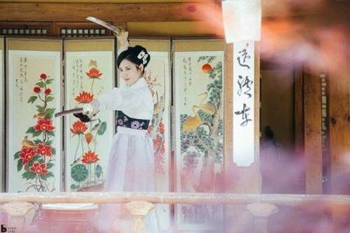 Xao xuyến với tạo hình cổ trang của mỹ nam mỹ nữ xứ Hàn - Ảnh 14