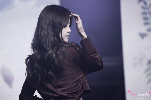 """Tim lỡ nhịp vì những khoảnh khắc """"không thể yêu hơn"""" của nữ idol Kpop - Ảnh 18"""