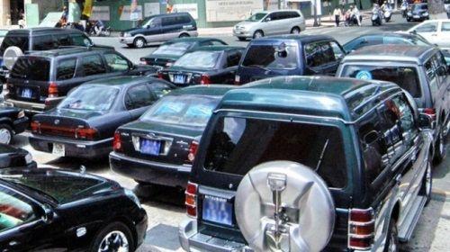 Bộ Tài chính đề xuất khoán xe công bắt buộc từ cấp thứ trưởng - Ảnh 1