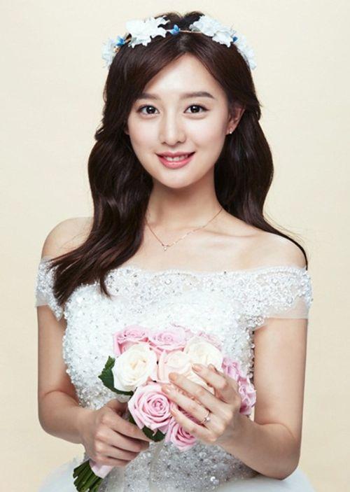 Đây là Kim Ji Won, và cô ấy đã không còn chỉ đóng vai phụ nữa! - Ảnh 1
