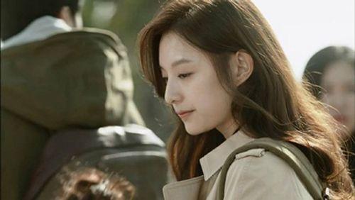 Đây là Kim Ji Won, và cô ấy đã không còn chỉ đóng vai phụ nữa! - Ảnh 12