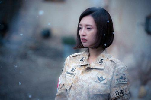 Đây là Kim Ji Won, và cô ấy đã không còn chỉ đóng vai phụ nữa! - Ảnh 18