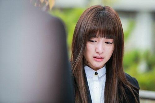 Đây là Kim Ji Won, và cô ấy đã không còn chỉ đóng vai phụ nữa! - Ảnh 7