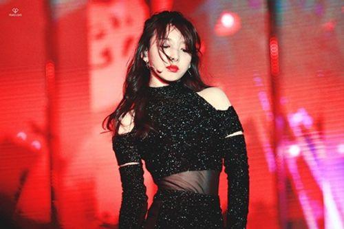 """Những nữ thần tượng Kpop tài sắc vẹn toàn: Hát hay, nhảy giỏi, visual """"miễn chê"""" - Ảnh 3"""